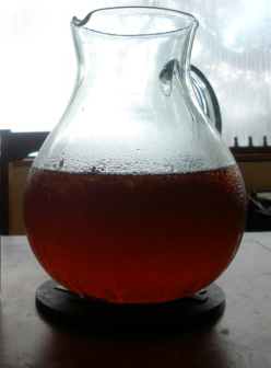 The Dark Side of Sun Tea? Try Cold Brewing! | Tea Blog
