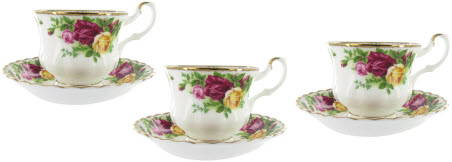 3 Royal Albert Old Country Roses Teacup and Saucers