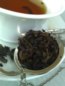 T Bar - Shui Xian Oolong escapes Tea Ball