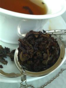 T Bar - Shui Xian Oolong escapes Tea Ball