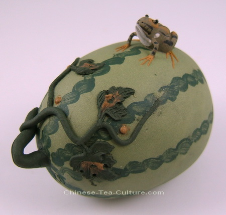 """Frog on a Watermelon Tea Pet"", from www.chinese-tea-culture.com"