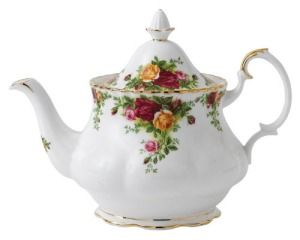 Rap this: Royal Albert Old Country Roses Teapot