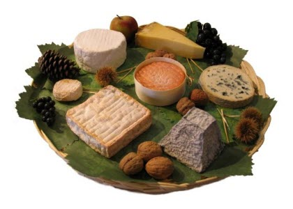Farmhouse Cheese Platter (Blue cheese, Goat cheese, Cow cheese)