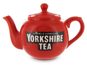 Serve up that tasty Yorkshire Gold in this stylish teapot! (Photo source: The English Tea Store)