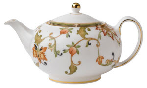 Wedgwood Oberon Teapot (Photo source: The English Tea Store)