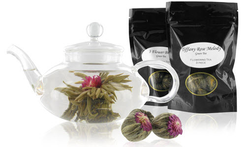 Flowering Tea Set with Choice of 2 Flowering Teas(Photo source: The English Tea Store)
