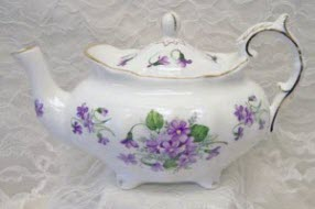 Violets Fine Bone China Victorian Style Teapot (Photo source: The English Tea Store)