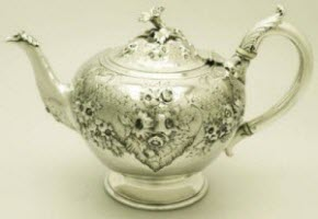 Antique Victorian English Sterling Silver Teapot (Photo source: screen capture from site)