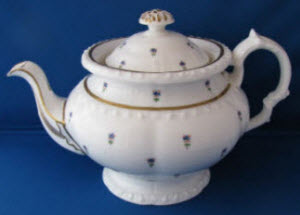 Minton Teapot, Bone China, Antique c.1825, Handpainted, English (Photo source: screen capture from site)