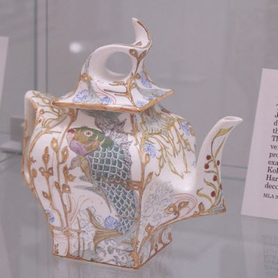 Delft teapot (source: article author)