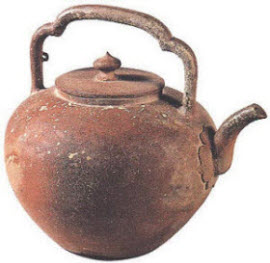 High Handle YiXing teapot from Wu Jing tomb