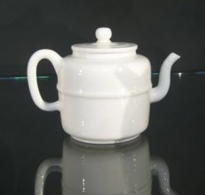 Dehua teapot, from the British Museum's collection (photo by Elise Nuding, all rights reserved)