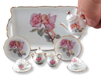 Flower Fairies Mini Collector Tea Set with Tray – strictly for show! (Screen capture from site)