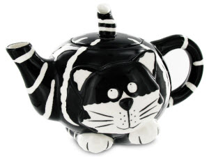 Chester the Cat Teapot (ETS image)