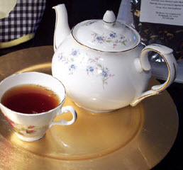 No room in the tea world for taking rudeness too seriously. (Photo by A.C. Cargill, all rights reserved)