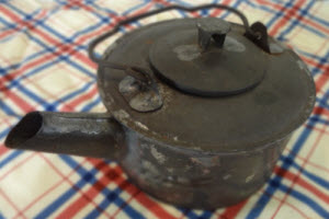 Civil War era Small tin tea or coffee pot (From Yahoo! Images)
