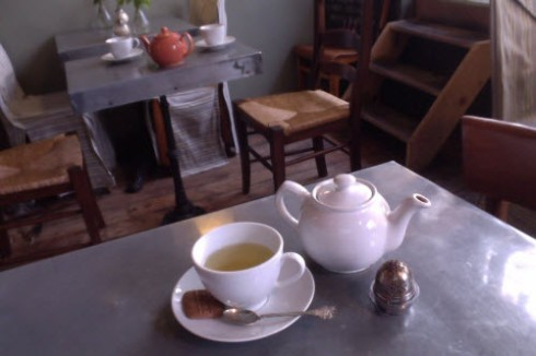 A bit of gyokuro (photo by Elise Nuding, all rights reserved)