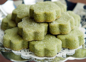Matcha Shortbread Cookies – all sparkly with sugar. (Screen capture from site)