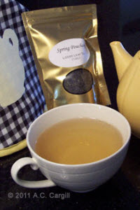 Spring Pouchong is a great tea for Thanksgiving! (Photo by A.C. Cargill, all rights reserved)