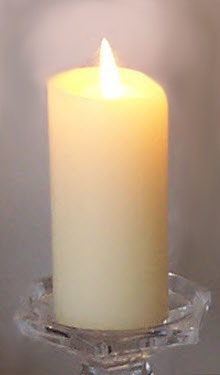 Nothing like a candle glow to convey coziness. (Photo by A.C. Cargill, all rights reserved)